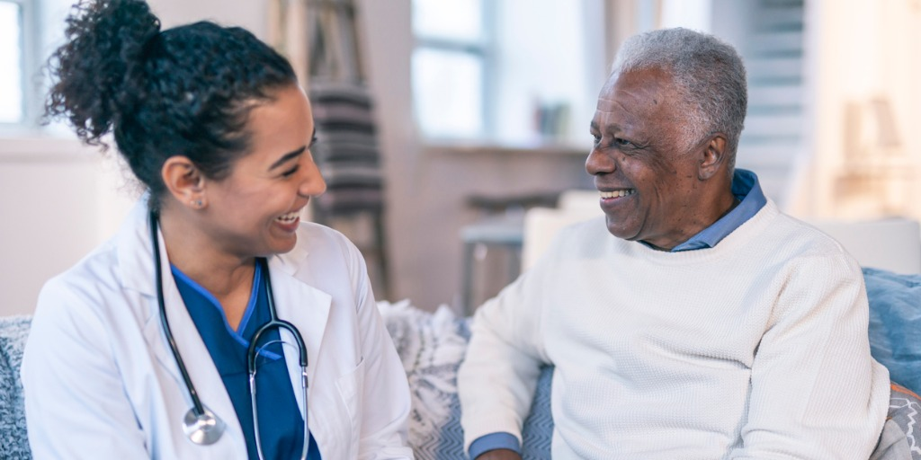 female-doctor-meeting-with-senior-patient-in-his-home-picture-id1208245030